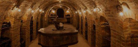Vinárny, sklepy, archívy